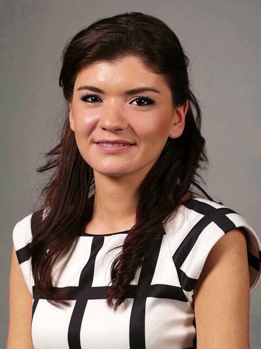 Росица Маринова